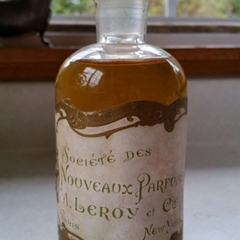 Antique perfume bottle ~ New York / Paris