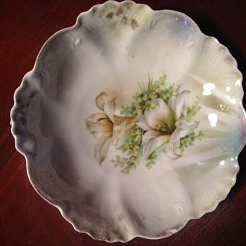 RS Prussia Berry Bowl - China and Dinnerware