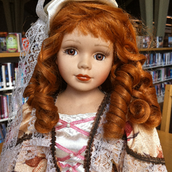 ??? Crowne - Shelley Porcelain Doll ??? (King City)