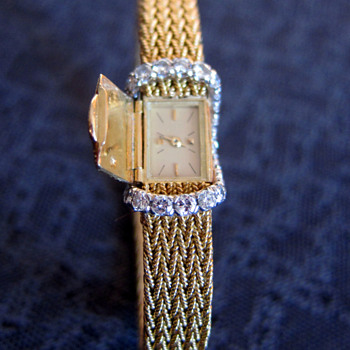 Vacheron Constantin Ladies Gold & Diamond Watch - Wristwatches
