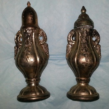 GODINGER SILVER ART CO SALT AND PEPPER SHAKERS =^) JUST FOR YOU GARGO - Kitchen