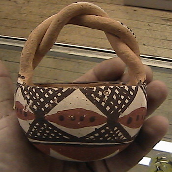 Native American Twisted Handle Pot or Bowl #2