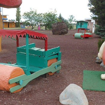 Flintstones Bedrock City Valle AZ - Photographs