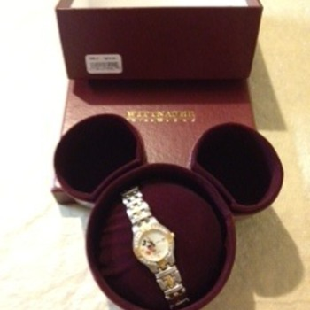 Whittnaur Mickey MouseWatch - Wristwatches