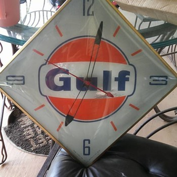 "clock from Gulf Oil Company Service Staion-""63 model - Clocks"