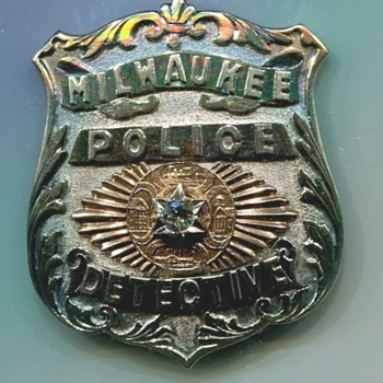 Milwaukee Detective's Badge