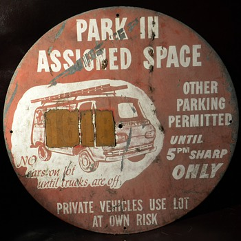 6 Round Metal Parking Signs