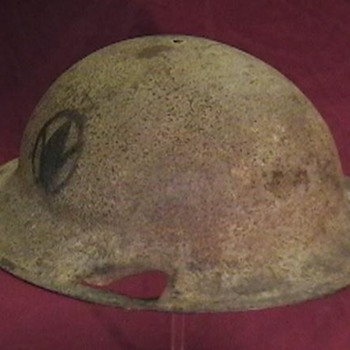 WW I U.S. Army M-1917 Doughboy Helmet - Military and Wartime