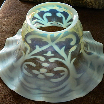 Opaline Brocade patterned Vaseline opalescent shade by John Walsh Walsh of Birmingham, England.