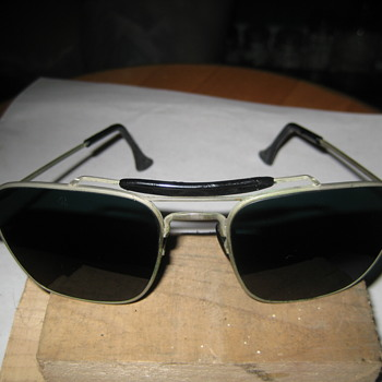 unknown aviator vintage sunglasses   - Accessories