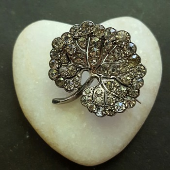 Knoll & Pregizer silver and paste leaf brooch.