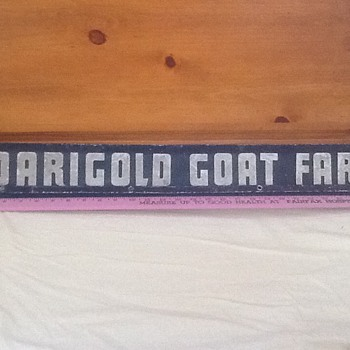 Darigold goat farm sign - Signs