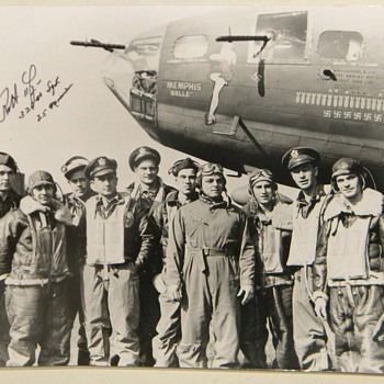 &quot;Memphis Belle&quot; Photo Signed By Pilot Robert Morgan