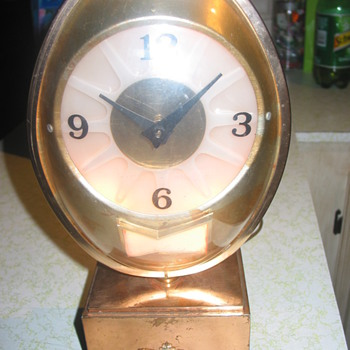 Very old lighted Budweiser clock - Breweriana