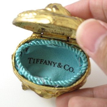 roses and Tiffany and Co. cast metal ring box - Fine Jewelry
