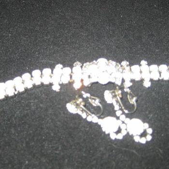 Kramer bracelet and earring set