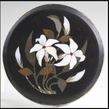 Antique Round Pietra Dura (hard stone) brooch set in silver - Fine Jewelry