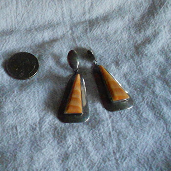 Spiny Oyster Shell Earrings, signed by C. Wylie - Native American