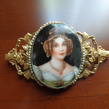 Vintage Costume Jewelry Brooch:  Stamped Brass and Porcelain - Costume Jewelry