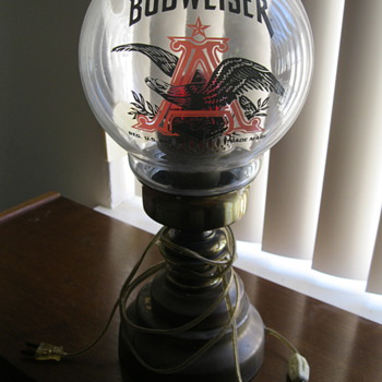 Mystery Collectible Budweiser Lamp