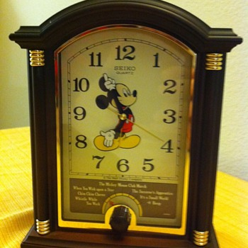 Mickey Mouse alarm-clock - Clocks