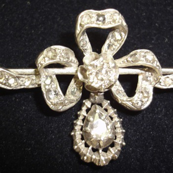 A silver and gold rose cut diamond Victorian bow brooch - Fine Jewelry