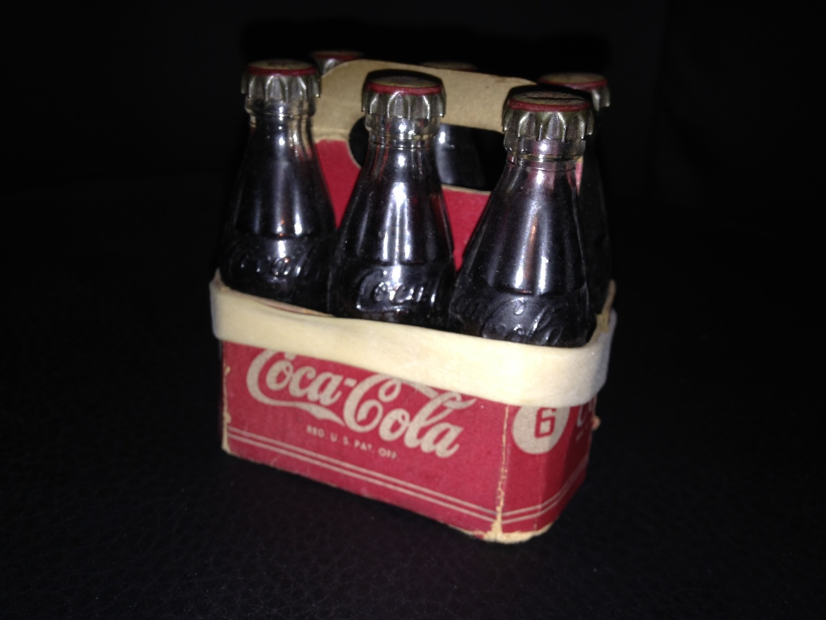 coca cola auction finds collectors weekly. Black Bedroom Furniture Sets. Home Design Ideas