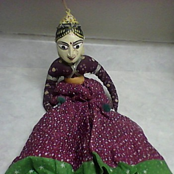 INDIA WOOD PUPPET  - Asian