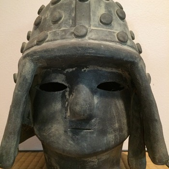 Asian Clay head that I assume is Japanese but not sure.