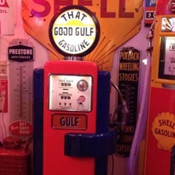Wayne 100A GasPump...Gulf Theme