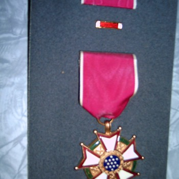 My sons Army Medal in Honor of Veterans Day and his service  - Military and Wartime