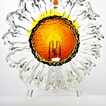 PERTTI SANTALAHTI FOR HUMPPILA - FINLAND  - Art Glass
