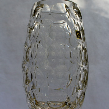 Kagami Crystal thousand windows vase