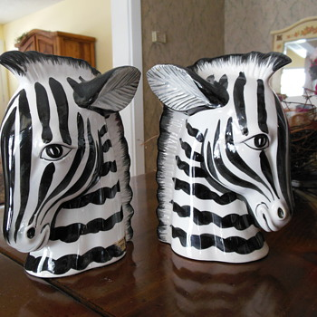 Zebras - Art Pottery