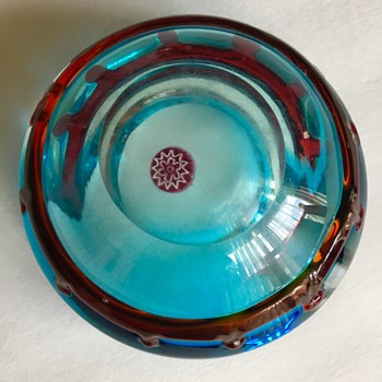 Can you help with this ashtray?