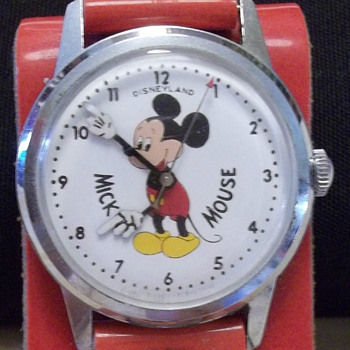 Ultra Rare Disneyland Mickey Wristwatch - Wristwatches