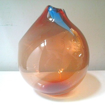 "Abstract 7"" Art Glass Bubble Vase-Sculpture / Signed / Circa 1985"