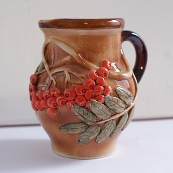 Roseville type jug with E.K stamp on base - Art Pottery