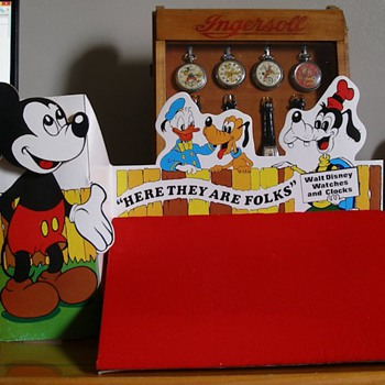 Mickey Mouse Walt Disney Watches & Clocks Animated Display