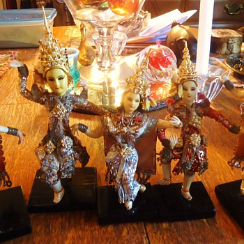5 Cambodian Apsara dancers for $5.00   Cool gift!! - Asian