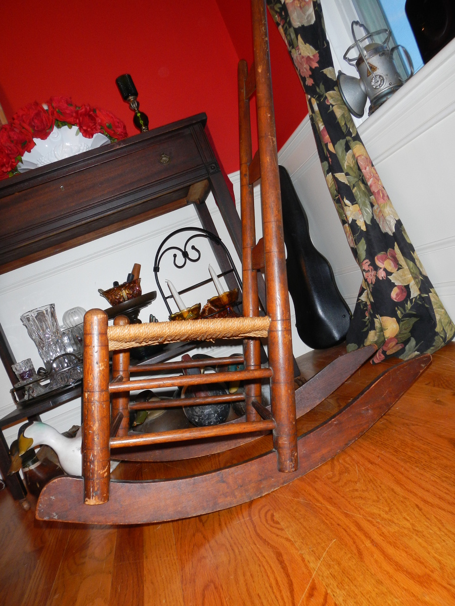 - Antique Shaker Rocking Chair. Collectors Weekly