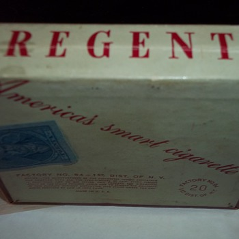 1940'S  TOBACCO BOX
