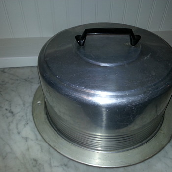 Vintage Regal Aluminum Cake Dome With Locking Carrier