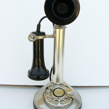 Bonnie & Clyde series Candlestick phone  - Telephones