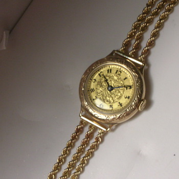 Any information on this Gruen watch? - Wristwatches