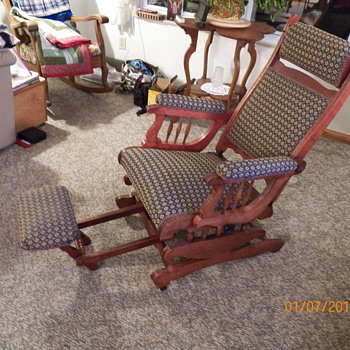 ROCKER/RECLINER WITH LYRE SIDES - Furniture
