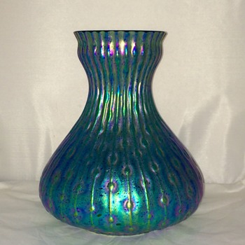 "Huge Kralik Sea Urchin Blue Green Iridescent Vase 9.25"" x 9""."