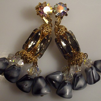 Juliana  or Vendome clip earrings. - Costume Jewelry
