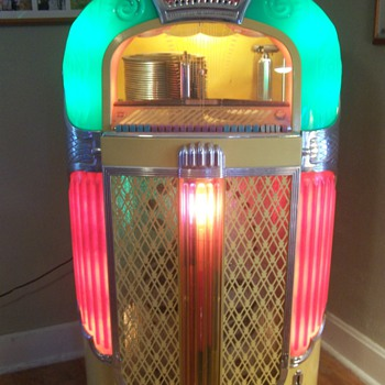 1948 Rock-ola Juke Box model 1428 - Coin Operated