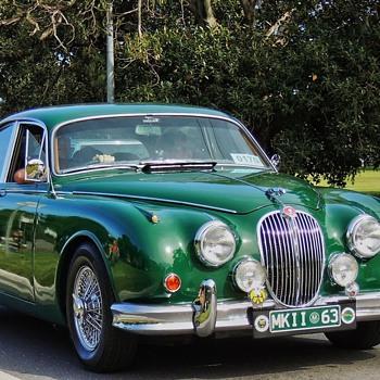 Jaguar MK2 - Classic Cars